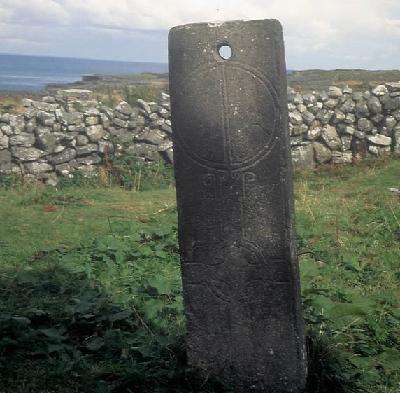 Marriage stone, Inis Mór
