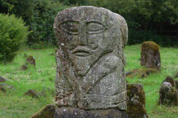 Janus Figur, Boa Island, Mystisches Irland